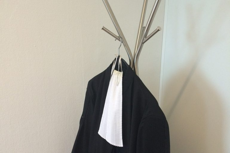 Trouver une robe d'avocat correspondant à son style