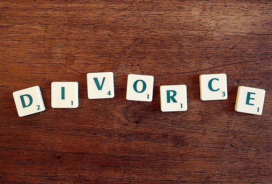 Pourquoi opter pour le divorce à l'amiable en ligne sans juge ?